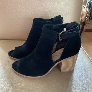 Sole Society black suede Open toe ankle boots
